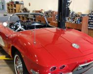 21-exterior-1961-Corvette-Fuellie